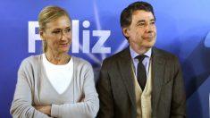 La presidenta de la Comunidad de Madrid, Cristina Cifuentes y el expresidente madrileño, Ignacio González.