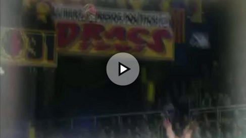 """La ACB emite un spot en el que se ve una pancarta con el mensaje de """"Llibertat Presos Polítics!"""""""