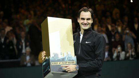 Roger Federer arrebató el número 1 a Rafa Nadal. (AFP)