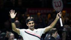 Federer celebra una victoria esta temporada. (AFP)