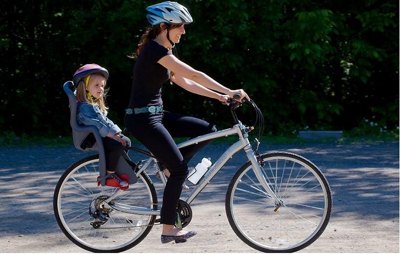 Los mejores consejos para comprar una silla portabebés para bicicleta