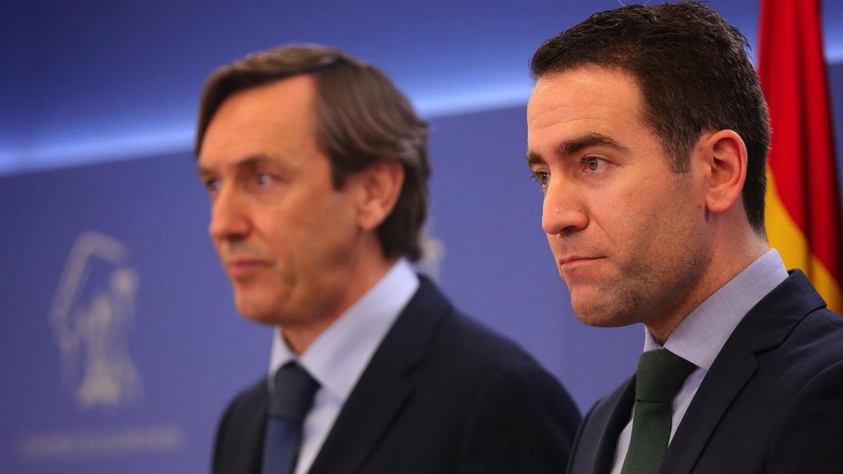Teodoro García junto a Rafael Hernando. (Foto: PP)