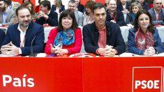 Ábalos, Narbona, Sánchez y Lastra en el Comité Federal del PSOE de este sábado en Aranjuez (Foto: Efe).