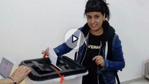 Anna Gabriel votando en el referéndum ilegal del 1-O.