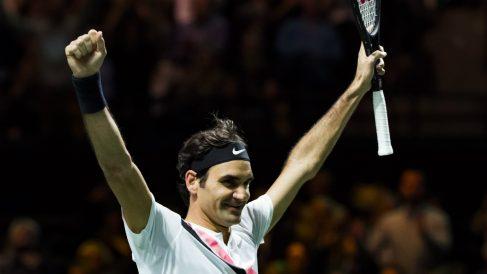 Roger Federer celebra su triunfo en Holanda. (AFP)