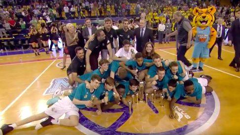 El Real Madrid celebró su sexta MiniCopa Endesa consecutiva.