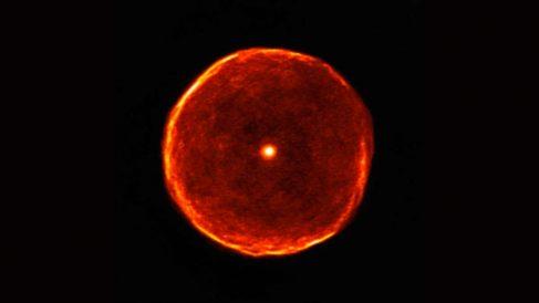 Una estrella que se encuentra en sus últimos años (ALMA)