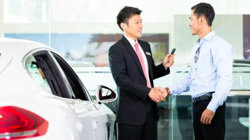 Tasar un coche es el primer paso para lograr una venta satisfactoria, entrando en juego una serie de factores que pueden hacer variar mucho el montante final de la operación.