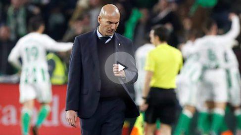 Zinedine Zidane en el partido ante el Betis.