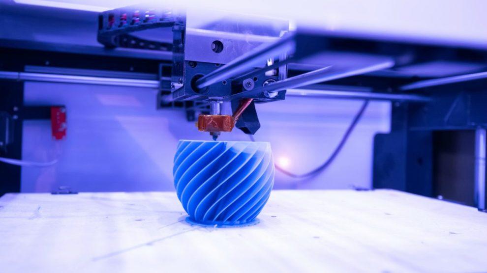 Descubre cómo funciona y cuanto cuesta una impresora 3D.