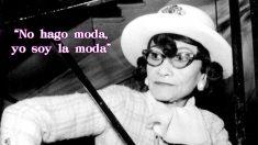 Coco Chanel es una de las diseñadoras más importantes de la historia de la moda. Una de las personalidades del siglo XX que nos dejó frases para el recuerdo
