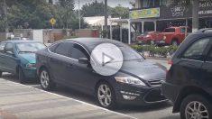 Quedarse encajonado en un aparcamiento en línea ya no será un problema si cuentas con este invento.