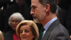 El Rey Felipe vi con la Ministra de Empleo Fátima Báñez