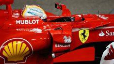 Ferrari seguirá ligada a la tabacalera Philip Morris, a pesar de que en la Fórmula 1 no se puede publicitar tabaco desde el año 2007. (Getty)