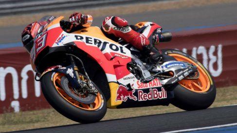 Todo el mundo ve a las Honda oficiales como favoritas en el mundial de MotoGP de este año, aunque Alberto Puig trate de rebajar el optimismo que existe alrededor de las motos de la firma del ala dorada. (Getty)