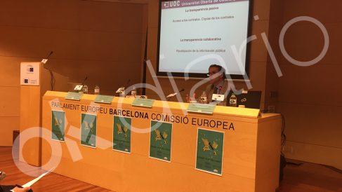 Rótulos en catalán de la sede europea en Barcelona.