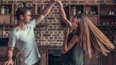 Aprende a bailar paso a paso.