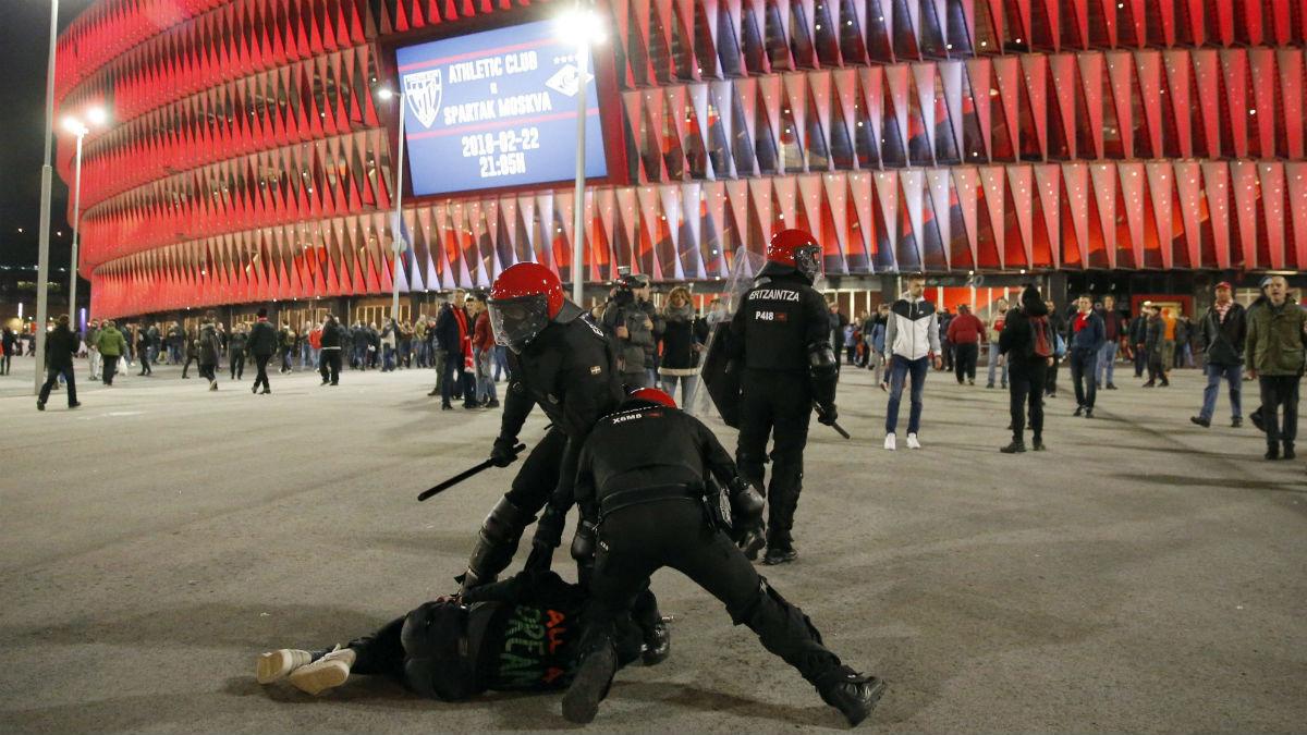 Enfrentamientos en Bilbao. (EFE)