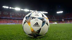 El balón de la Champions en el Sánchez Pizjuán. (Getty)