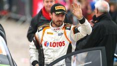 A pesar de no haber logrado este año un asiento como piloto titular, Robert Kubica no descarta conseguirlo en un futuro. (Getty)