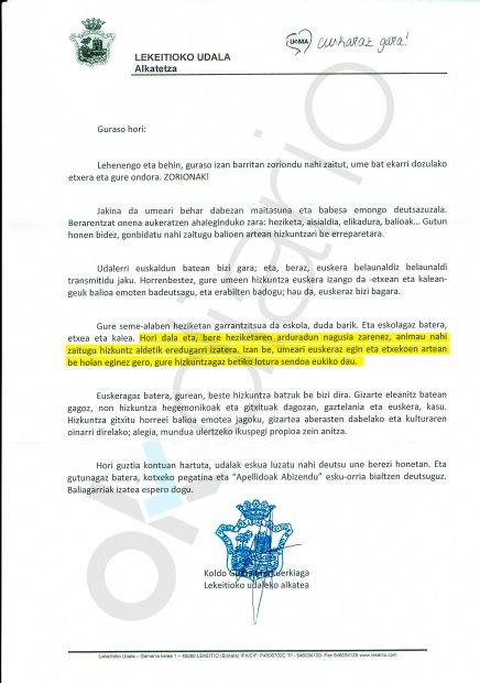 Carta del ayuntamiento de Lequeitio para que los padres hablen en euskera a sus hijos y les cambien nombre y apellidos