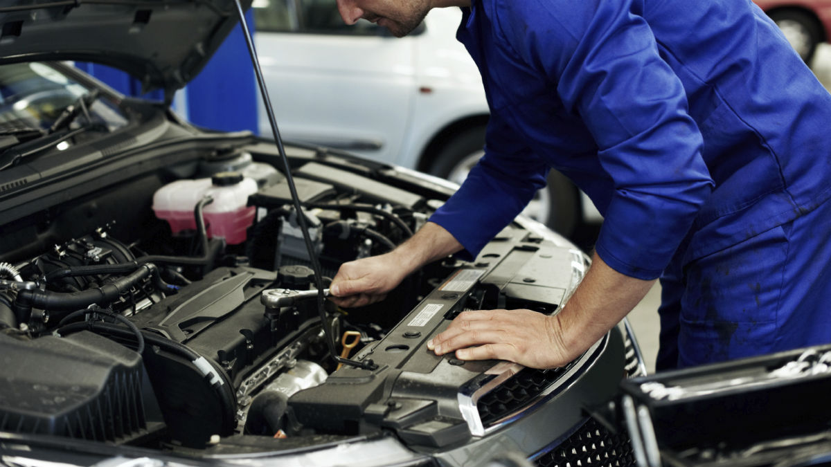 El sector del automóvil avisa de una avalancha de ajustes de plantillas en mayo si no se reactiva el mercado