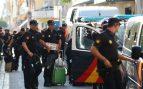 Policía Nacional abandonando los hoteles de Cataluña tras el fin de la Operación Copérnico