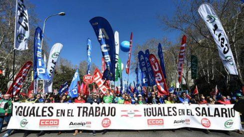 Manifestación de los funcionarios de prisiones, este sábado en Madrid (Foto: Efe).