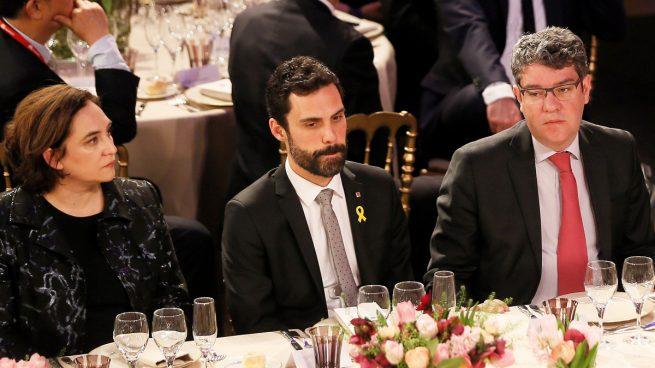 Ada Colau, Roger Torrent y Álvaro Nadal