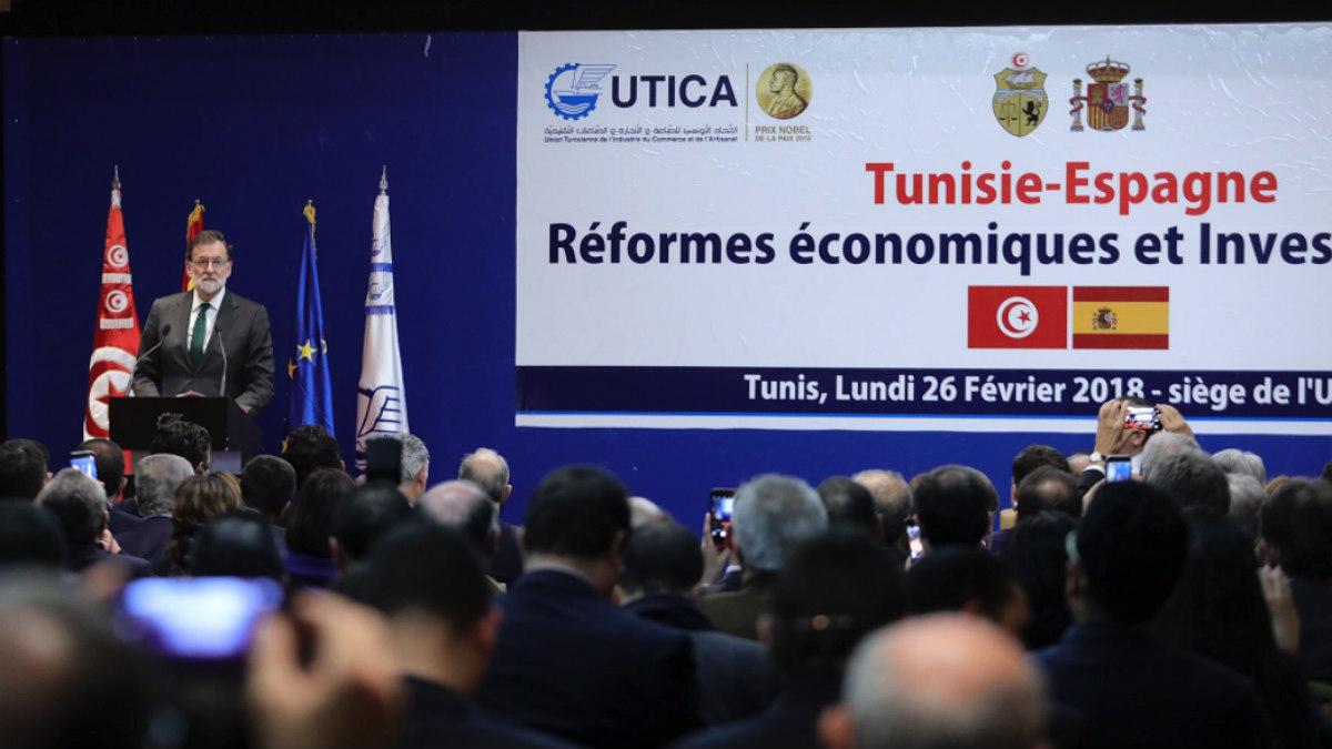 Mariano Rajoy clausura en Túnez un encuentro empresarial entre ambos países apelando al «éxito» de las reformas en España. (Foto: Moncloa)