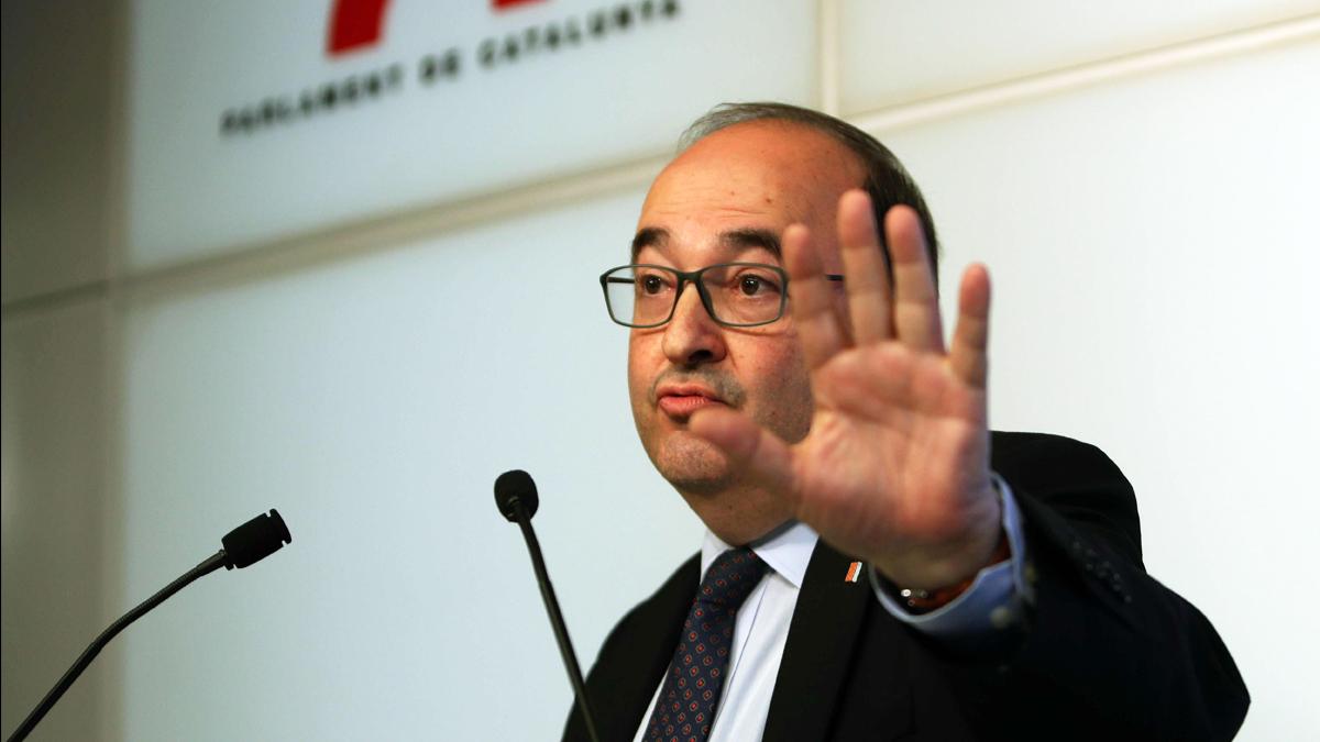 El documento que prueba que el PSC trabaja en un pacto con ERC mientras Sánchez dice renegar de los golpistas