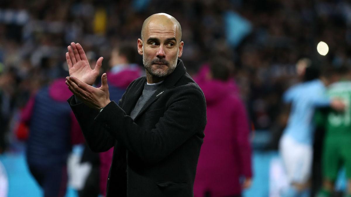 Guardiola celebra su primer título con el City (Getty)