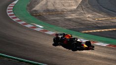 Daniel Ricciardo con el RB14