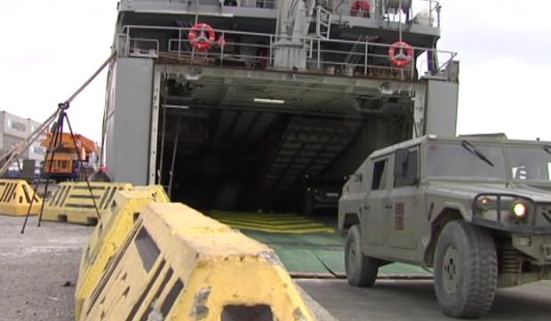 Embarque del operativo de la Comandancia de Ceuta que llega a Tarragona