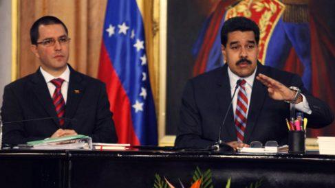 El dictador de Venezuela, Nicolás Maduro, y su canciller, Jorge Arreaza.