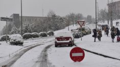 Un hombre fallece en Galdakano (Vizcaya) al resbalarse en la nieve. Foto: Agencias