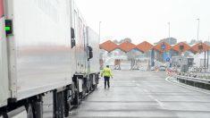 El sector consumo pierde 20 millones tras las restricciones de tráfico en Cataluña (Foto:EFE/Arià Ropero)