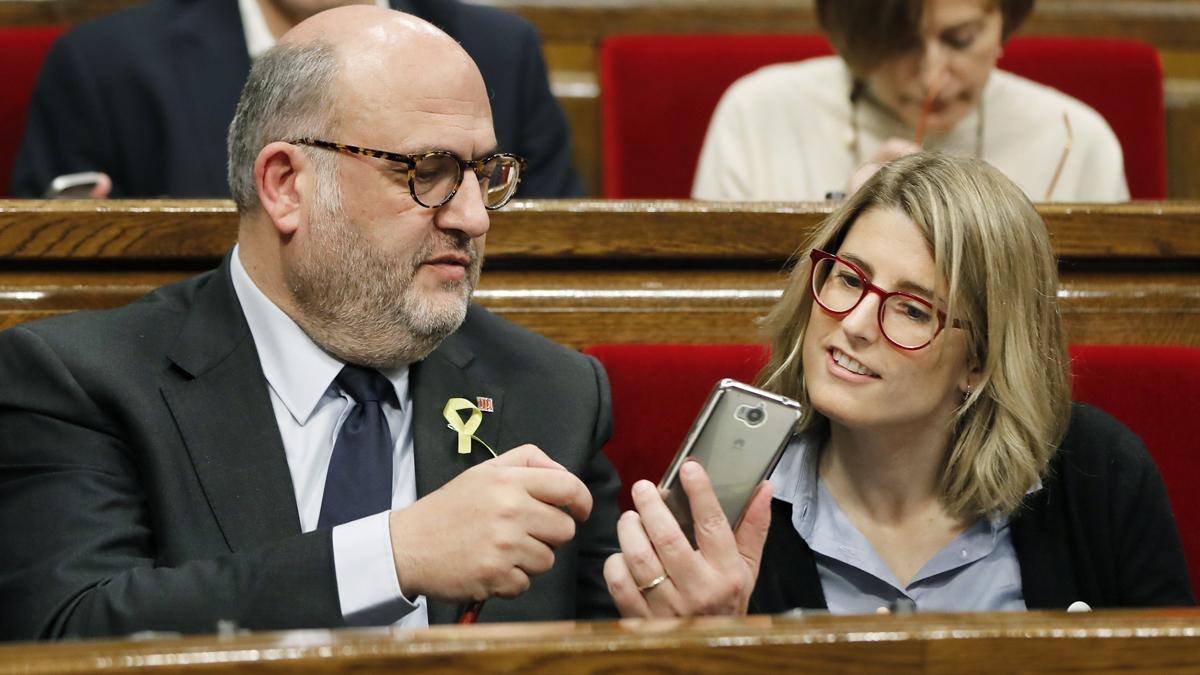 Eduard Pujol y Elsa Artadi, diputados de JxCat. (Foto: EFE)