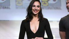 La actriz Gal Gadot, conocida por su papel de Wonder Woman en el cine, ha sido elegida por FHM como la mujer más sexy del mundo de 2017