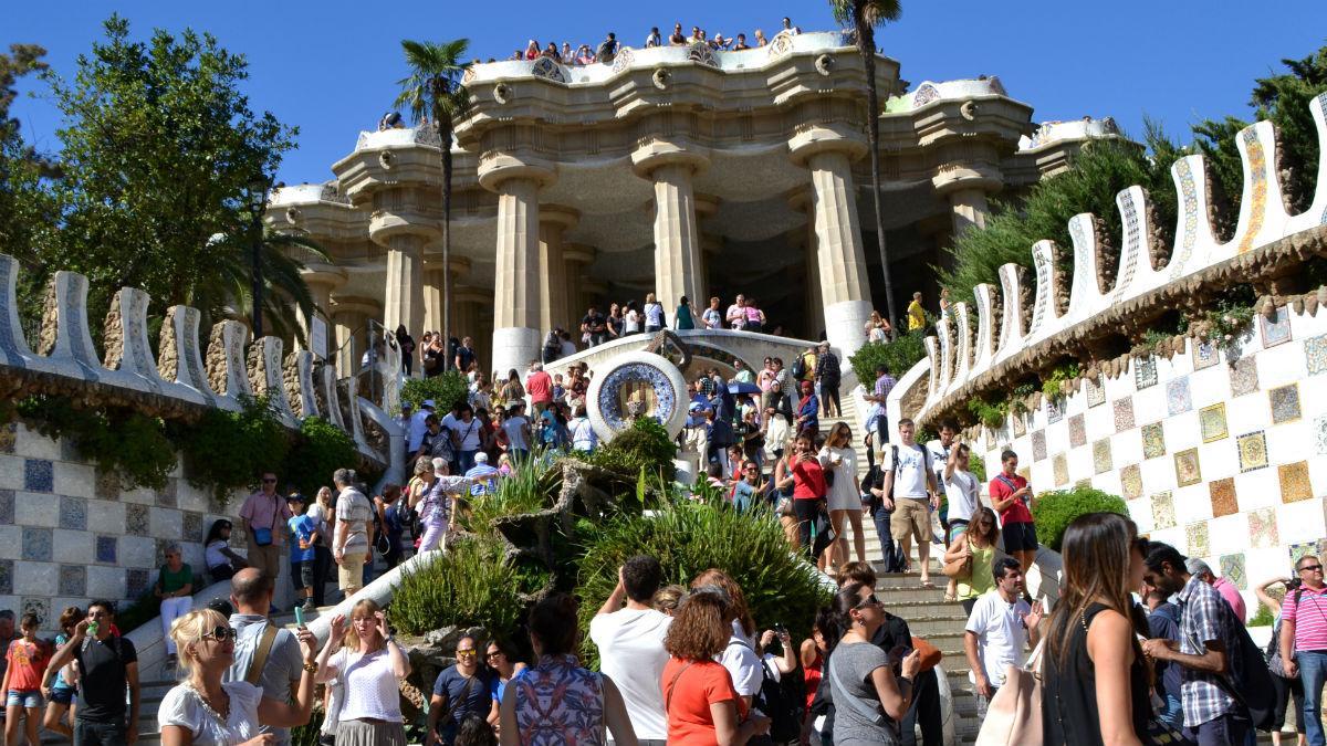 Vista del Parque Güell en Barcelona, España (Foto:iStock)