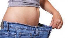 Descubre los consejos que te ofrecemos para reducir cintura de forma sana.