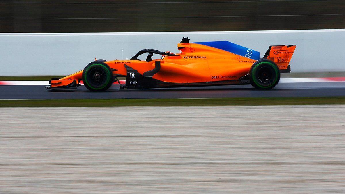 Vandoorne rodando con el McLaren MCL33