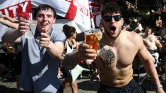 Aficionados ingleses en la Eurocopa de 2016. (Getty)