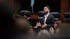 El portavoz adjunto de Ciudadanos en la Asamblea de Madrid, César Zafra. (Foto: TW)