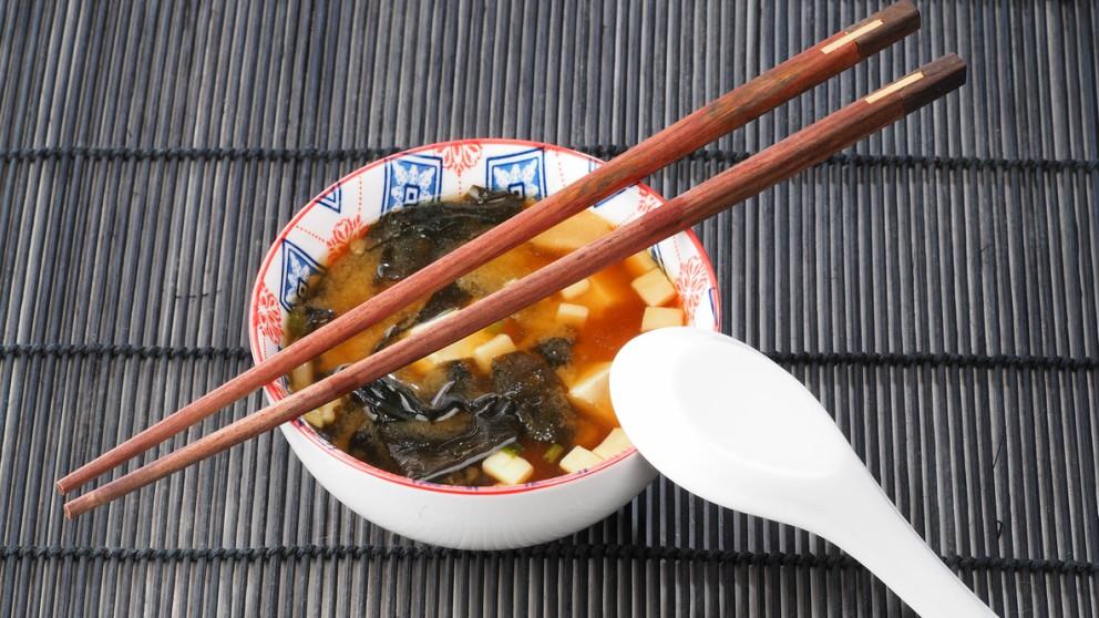 Receta de Dashi: Aprende a preparar una sopa tradicional japonesa