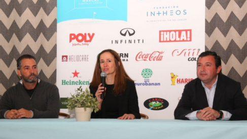 La directora de la Fundación Intheos, Begoña Zancada, presentando esta nueva edición del torneo de golf solidario.