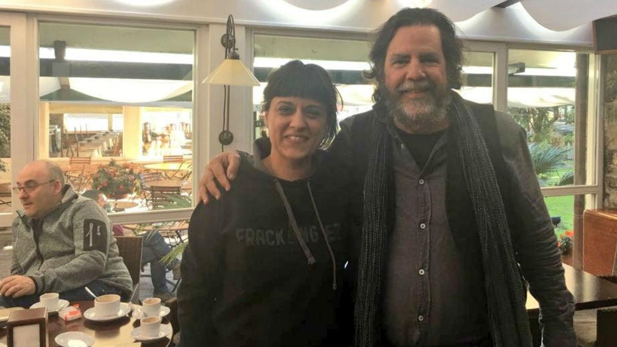 Anna Gabriel, huída en Suiza, junto al experto en colonialismo de la Universidad de California en Berkeley, Ramón Grosfoguel.
