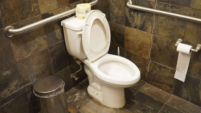La foto que te recordar bajar la tapa del inodoro cuando for Que es inodoro