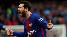Leo Messi celebra el gol de falta que dio el triunfo al Barcelona. (EFE)