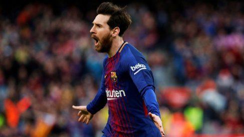 Messi celebra su gol de falta al Atlético. (EFE)